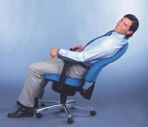 Mister Sitwell von Gernot-M. Steifensand Der ergonomische Männer Bürostuhl Nr. 1