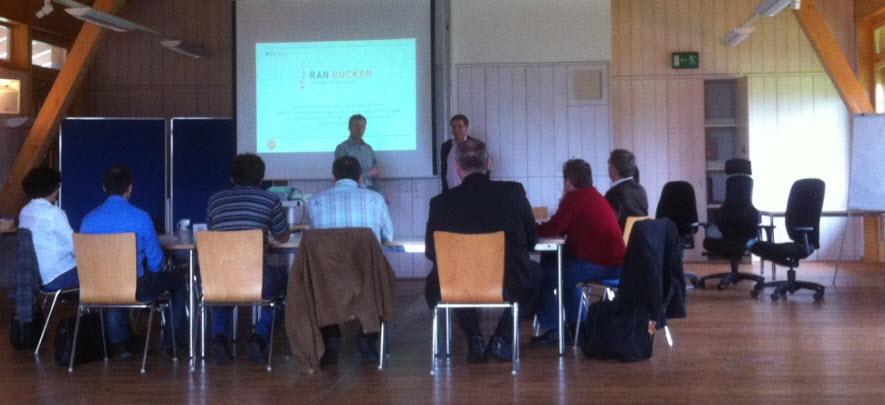 SitMate Gernot Steifensand Büroprofi-und Fabrik-Partner Schulung mit Dr. med. Peter Stehle
